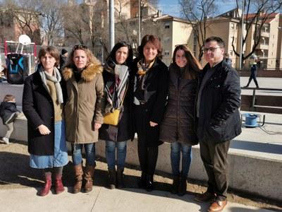 El nou pati de l'escola Doctor Joaquim Salarich s'obre fora de l'horari lectiu al veïnat