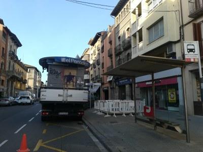L'Àrea de Manteniment i Serveis de Vic repara la rotonda Prat d'en Galliners i bancs al Passeig Pep Ventura